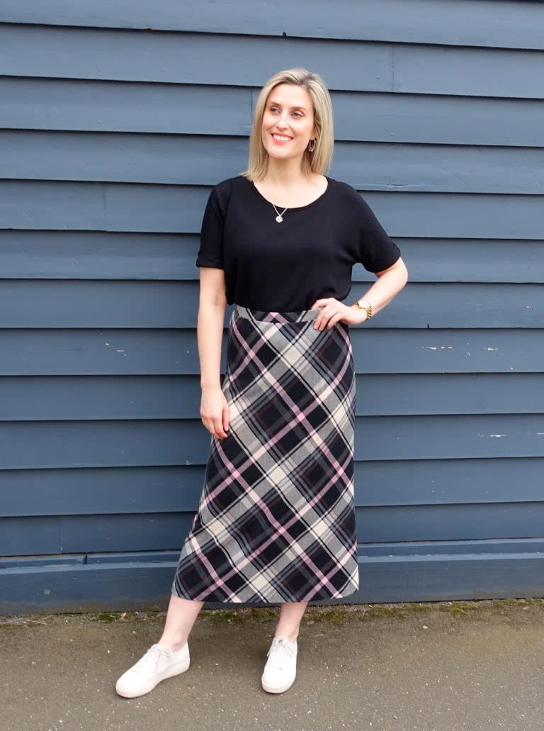 June 2020 Pattern Freebie - Northcote knit skirt