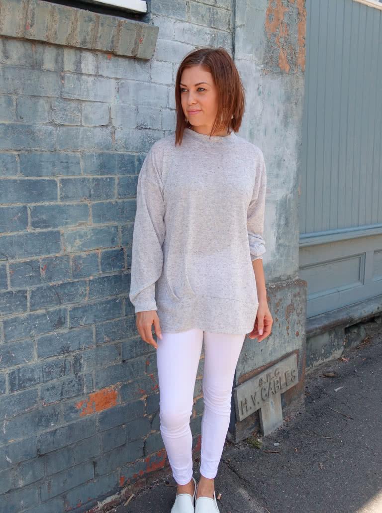 August 2020 Freebie pattern: Jara Knit Tunic