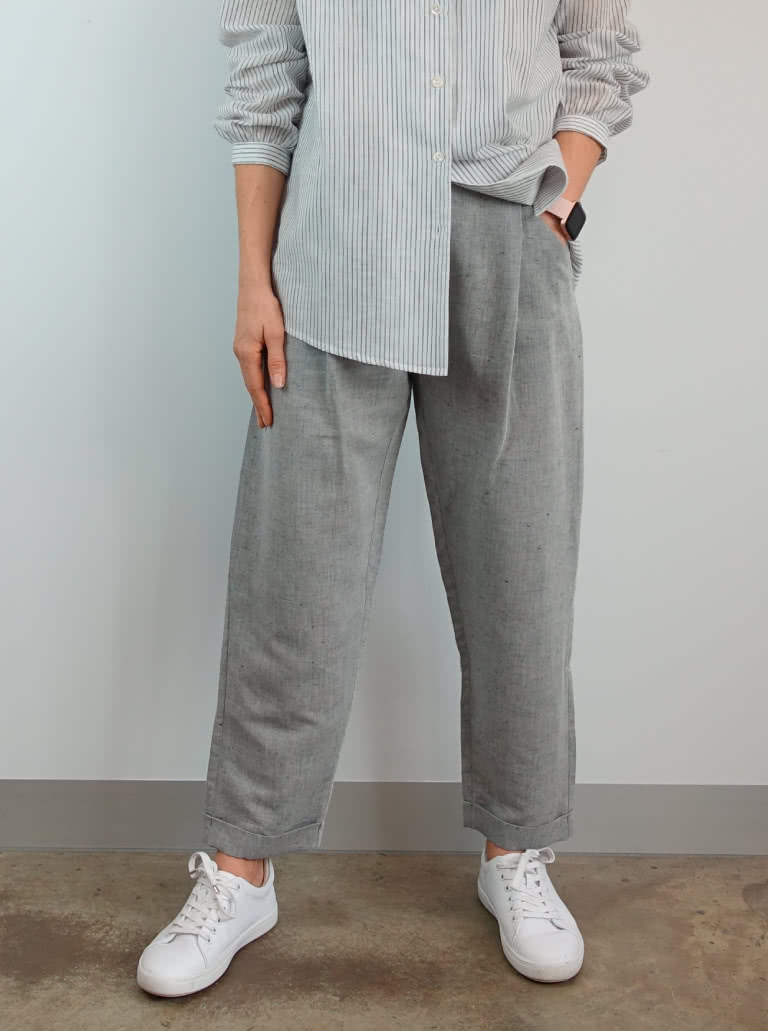 Billie Woven Pant By Style Arc - Ankle length cuffed pant with pockets, pleats and side opening
