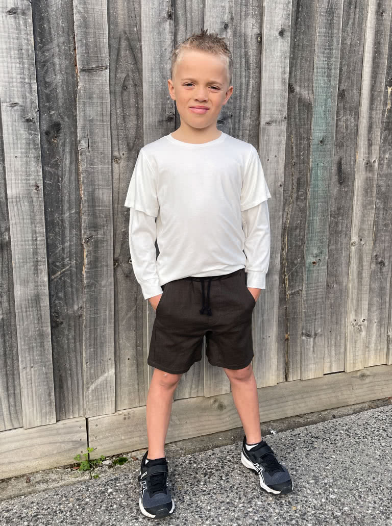Oscar Kids Short By Style Arc - Elastic waist short featuring a crotch insert, front and back pockets, for kids 2-8