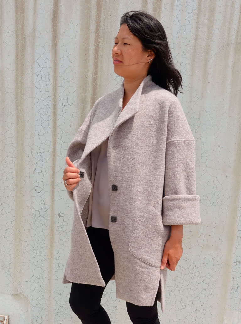 Petra Coat By Style Arc - Casual style coat, with dropped shoulders and wide sleeve.